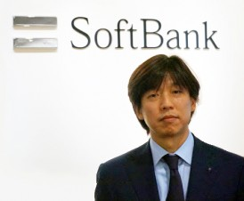 Softbank logo、Mr.Takahashi