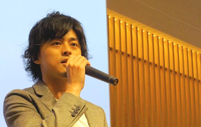 写真:村岡氏