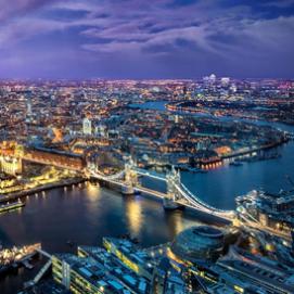 2015年英国デジタル広告市場シェアが広告市場の過半数シェアに達する見通し